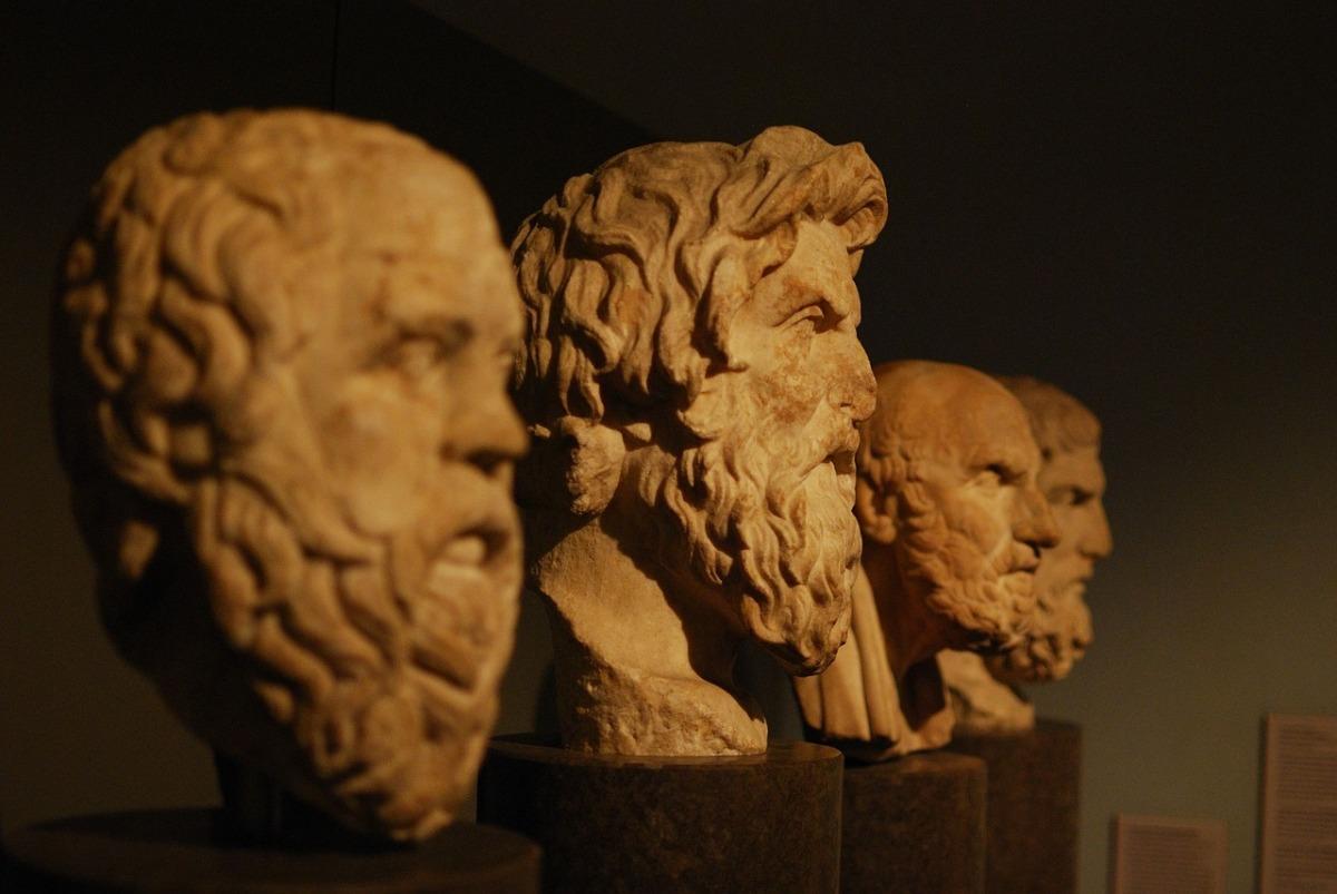 La filosofia non è una scienza ma è un'arte. Spiegazione in sei puntiessenziali